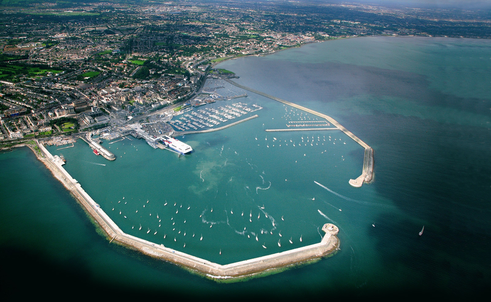 Dun Laoghaire from above.jpg